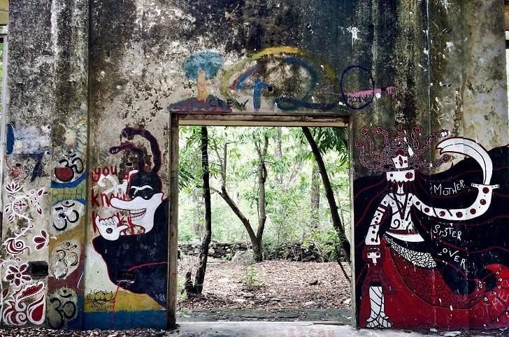 beatles ashram in rishikesh
